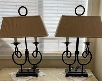 2pc Rustic Iron Table Lamps36 x 23 x 11HxWxD