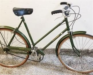 Excellent 1974 Raleigh Sports Mint Brooks Seat