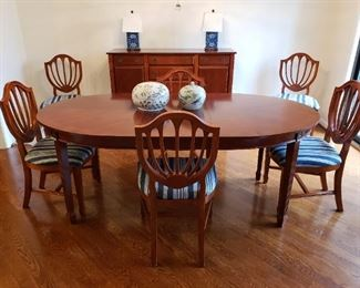 Beautiful Oval Dining Table w/ 6 Chairs by Bombay