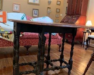 #18Wilhelm Drop Side Gateleg Table w/1 drawer  38x12-48x30 $100.00