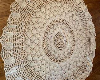 "#3670"" Round Hand-Crochet Pineapple Stitch Table  $35.00"