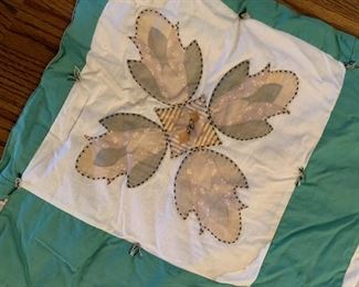 #107Hand-tied Twin Appliqued twin Size Quilt $50.00