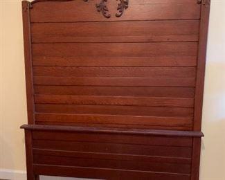 #118Full Size Wood Headbord/Footboard w/rails $125.00