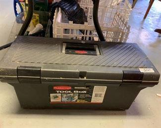 #169Rubbermaid  2 tray tool box $20.00