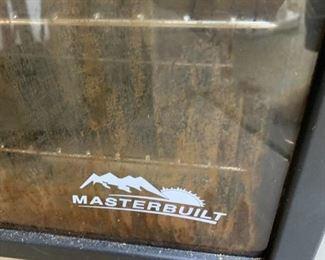 #174MasterBilt Smoker $100.00