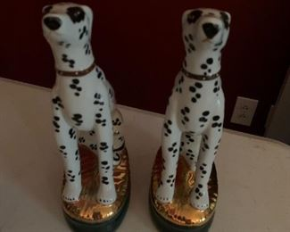 #208chinapair of dalmation statue bookends $60.00