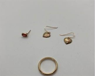 003 14K Gold Band and Earrings