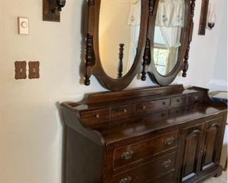 Large Mirror and 6 Drawer Chest