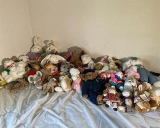 Stuffed Animals Lot