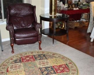 LEATHER RECLINER, ROUND AREA RUG