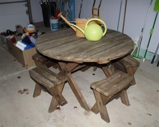 WOOD PICNIC TABLE W/4 BENCHES