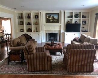 Living room sofas & club chairs