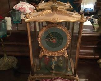 Clock with rotating Dancing Ladies   Runs