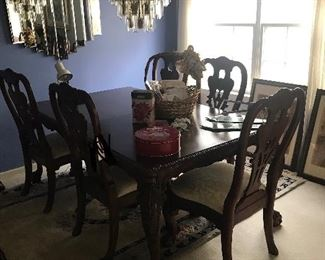 Beautiful dining table!! $100