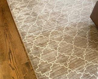 area rug 8' x10'