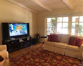 Frat TV with Surrounding Speaker System