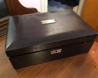 Cool storage box with......