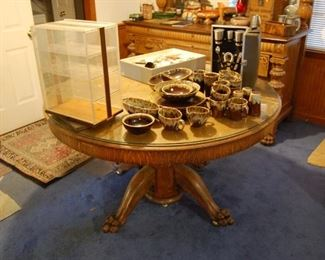 Round Oak Table with a glass top