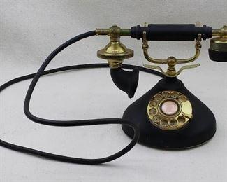 "$50 1920's-style desk telephone, gold & black, rotary dial, handset in cradle. RadioShack, made in Korea.  W: 10""   H: 8""   D: 5.5""   cord: 60"" [Bin 37]"