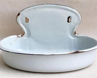 """$20 - Vintage wall basin, white enameled metal, 2 holes for hanging, goes with hanging water reservoir w/ spigot.  W: 13.5""""   H: 7""""   D: 10"""" [Bin 29]"""
