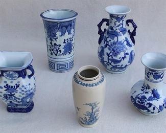 """5 various blue & white Chinese ceramic vases, brand new.  Size range H:  7""""-9""""   diameter:  3.5""""-5.5"""" [Bin 16]"""