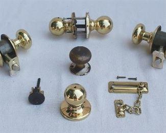 $60 - LOT - Round vintage doorknob and escutcheon     - Modern chain lock set  - 2 sets modern round doorknobs w/ locksets  - 3 modern round doorknobs - Modern cylinder lock [Bin 8A]