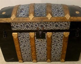 """$125.00............Antique Trunk 34"""" x 18 1/2"""", 26"""" tall, very good condition Blue and Black  (P615)"""