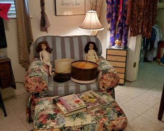 Early 1900 Schoenau Hoffmeister Dolls (Both As IS)  in OVER SIZED CHAIR & OTTOMAN