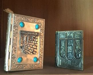 Wonderful Jewish religious books of all kinds