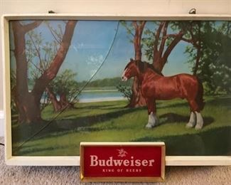 RARE VINTAGE BUDWEISER KING OF BEERS CLYDESDALE Light Up Electric Horse Sign ONE OF TWO