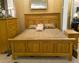 SO NICE!  King bedroom set.