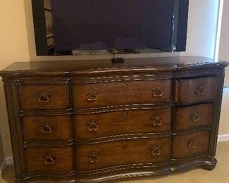 Cabot house dresser