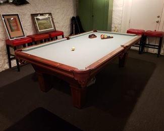 Olmausen pool table