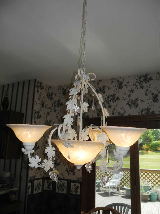 Stunning tole leaf and grape, crytal crops, light fixture