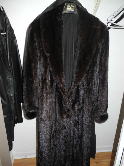 Gorgeous full length, dark brown (almost black) mink from Carson, Pirie Scott, stunning!
