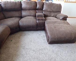 LARGE SUEDE LEATHER SECTIONAL / ROUND WITH 2 - ELECTRIC RECLINERS - CHASE - MEDIA CENTER