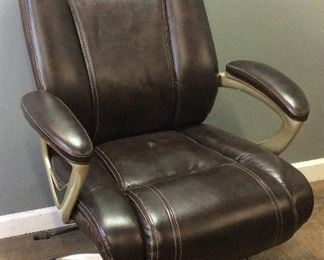 LEATHER BARCA LOUNGER SWIVEL OFFICE