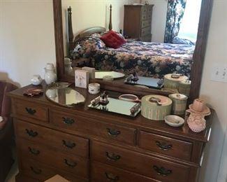 Kling Dresser / Mirror $ 264.00