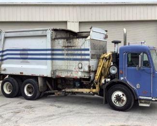 2007 Peterbilt 320 Side Load Garbage Truck 10% BP
