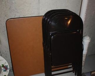 CARD TABLE, FOLDING CHAIRS