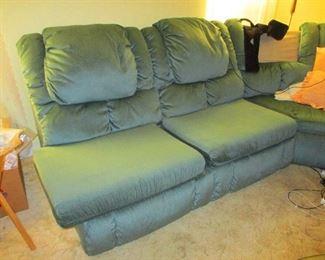 Big Clean comfortable  L shaped sleeper sofas