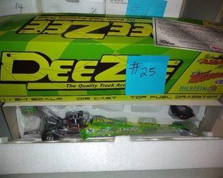 DeeZee Dragster Green     30