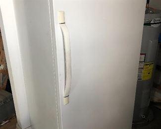 Frigidaire stand up refrigerator