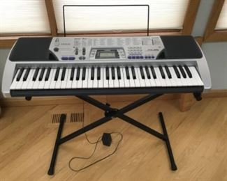 Casio keyboard with stand CTK-496