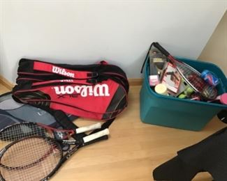 Racquets and balls for tennis and raquetball