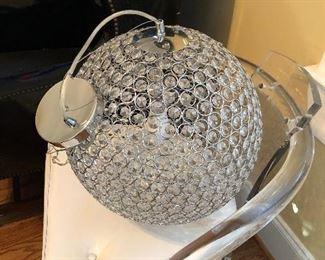 Hanging globe light fixture