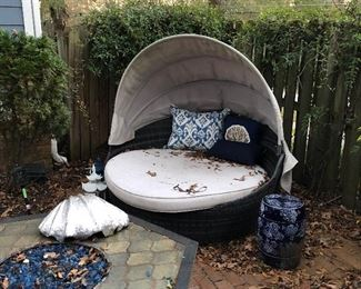 round covered chaise