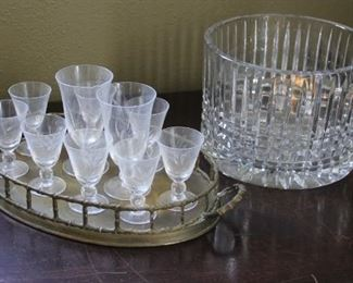 #17.  $25.00.  Glass bowl with glasses lot