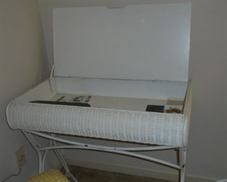 Matching white wicker desk w/folding top