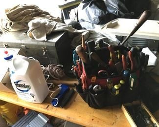 Estate tools, tool boxes, leaf blowers, shop vac, farm table, all being sold as found, no-one has gone through, just waiting to be disoered!